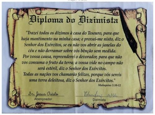"""Diploma de dizimista assinado por """"Sr. Jesus Cristo"""""""